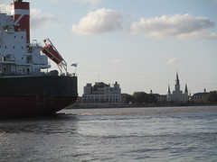 New Orleans: from Algiers ferry (shermaniac) Tags: neworleansla mississippiriver louisiana
