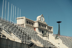 Olympic Void (marco_palmieri) Tags: barcelona travel history clock sport architecture stand spain stadium empty sony games torch 1992 catalunya marble olympic es void olympicgames carlzeiss olympictorch barcelona1992 variosonnart282470 rx100m3