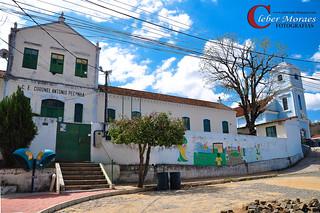 Colégio - Comendador Levy Gasparian - RJ - Brasil