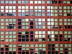 Working cages | Jaulas de trabajo (Raul Jaso) Tags: windows building window buildings mexico ventana edificios mexicocity df pattern patterns edificio finestra ventanas ciudaddemexico patron mexicodf messico patrones finestre finestrino edificiosaltos highbuildings fz150 panasonicfzseries panasonicfz150 rauljaso rauljasofotografia rauljasophotography
