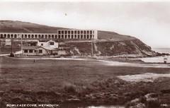 Riviera Hotel, Bowleaze Cove, Weymouth (trainsandstuff) Tags: bowleazecove weymouth rivierahotel pontins vintage retro riviera hotel holidaycamp postcard seaside britain uk old archival