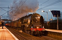 Ex LMS No. 46233 Duchess of Sutherland (Silver Link) Tags: christmas uk white station rose north rail sutherland duchess welwyn 46233