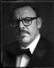 Slavimir (Braca Nadezdic) Tags: portrait blackandwhite bw analog polaroid kodak negative 4x5 expired graflex speedgraphic polaroid55 aeroektar