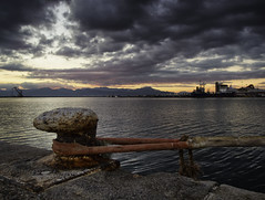 Legàmi (Lumase) Tags: cagliari sunset sea sardinia sardegna dusk autumn twilight clouds landscape italy dock