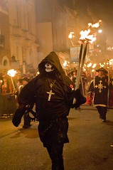 Bonfire 2016 LEWES_2821 (emz88) Tags: lewes bonfire guy fakes night photography precessions fireworks
