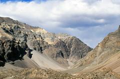 Yunam Valley (Niall Corbet) Tags: india himalaya himalayas ladakh manalitoley mountain desert valley scree sarchu