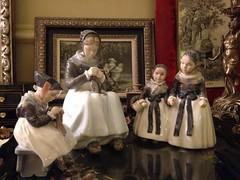 44-ый художественный проект «Блошиный рынок» и спецпроект «Копенгагенский фарфор: сдержанное обаяние Балтики»