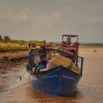 River Ferry, Madagascar thumbnail