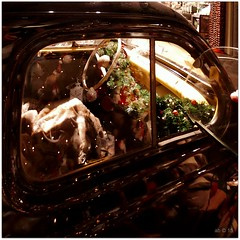 Renault 4CV DSCI8524_ShiftN (aad.born) Tags: christmas xmas weihnachten navidad noel  tuin engel nol natale  kerstmis kerstboom kerst boi kerststal  kribbe versiering kerstshow renault4cv  kerstversiering kerstballen kersfees kerstdecoratie tuincentrum kerstengel  attributen kerstkind kerstgroep aadborn nativitatis