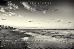 Tramonto--2 (bagno50bellaria) Tags: bw tramonto riva spiaggia bellaria bagno50