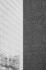 Glass & Bricks (Aidan Formigoni) Tags: city nyc newyorkcity cidade urban usa ny newyork arquitetura architecture canon buildings photography design downtown manhattan cité citylife eua tribeca streetphoto urbano bigapple lowermanhattan prédios urbanlife t4i canont4i rebelt4i canonrebelt4i
