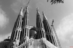 In 10 years cranes will be gone (Binas.) Tags: barcelona church spain cathedral religion espana gaudi catalunya lasagradafamilia sagrada