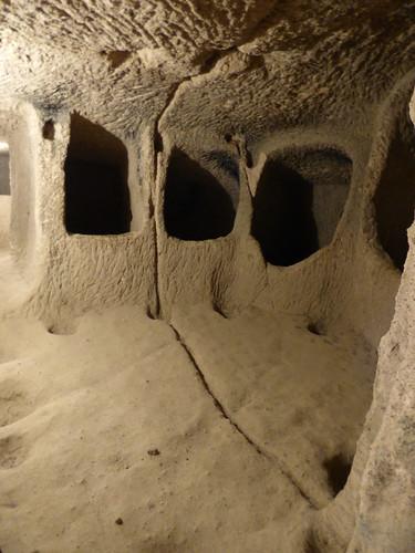 Kaymakli - underground city - house partition groove