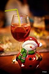 Santa (Kym.) Tags: andalucía andalusia candle day8 glass nerja sangria santa spain tealight wineco
