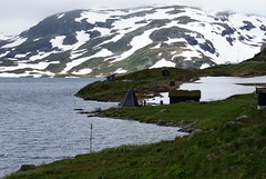 (helena.e) Tags: cloud mountain snow water norway norge sn haukeli moln fjll haukelifjell helenae