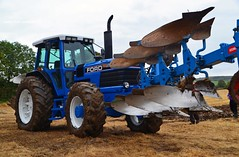 Ford 8730 Power Shift push pull plough (Zak355) Tags: old classic ford vintage scotland scottish tractors rothesay rothsay isleofbute powershift 8730 butevintageclub ploughingmatch