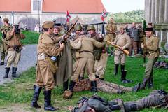 Plumlov 2015 - Fall of Berlin (The Adventurous Eye) Tags: wwii ww2 reenactment 2015 plumlov pd fallofberlin berlna