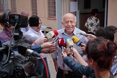 José Ignacio Gras en una rueda de prensa (Jerome van Passel) Tags: murcia grupo gras josé municipal ignacio psoe socialista