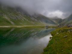Barrage d'Ossue (Manolo Moliner) Tags: walking paisaje senderismo pyrénées pirineos gavarnie midipyrénées hautespyrénées pirineocentral