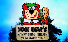Yogi Bears Honey Fried Chicken (Philip Osborne Photography) Tags: restaurantsignyogibearhoneyfriedchicken friedchicken sign yogibear