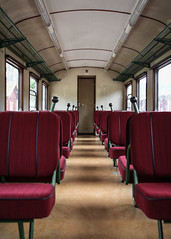 Yp rälsbuss, interiör (Michael Erhardsson) Tags: vagn perspontrafik yp rälsbuss interiör sittplatser salong