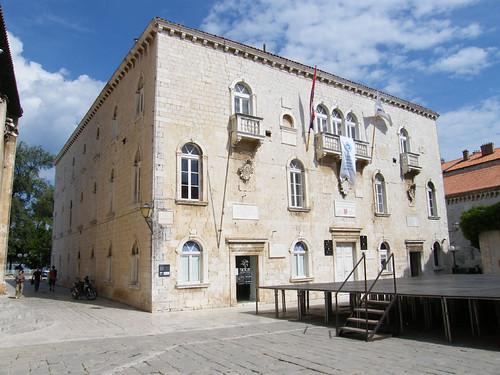 Trogir, Városháza