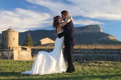 Novios (gusy4ever) Tags: composición postal oroel jacetania jaca pareja matrimonio love amor boda novios