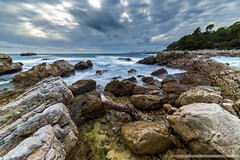 Water into the rock (Damien06300) Tags: canon 6d 1635mm canonfrance france capantibes antibes paca cloud hiver rochers rock cailloux lumière light amazing sea mer plage wave beach longexposure