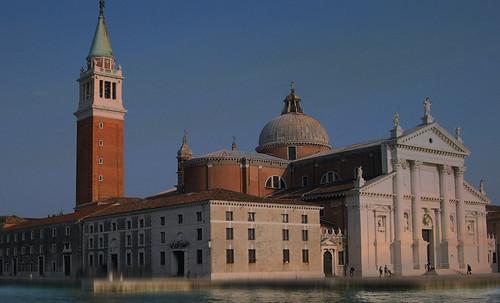 "Torres legendarias / Faros, minaretes, campanarios, rascacielos • <a style=""font-size:0.8em;"" href=""http://www.flickr.com/photos/30735181@N00/32493404786/"" target=""_blank"">View on Flickr</a>"