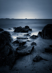 Distant Light (mikeyatswb) Tags: longexposure leefilters bigstopper singhrayfilters lbcolorcombo lighthouse splittoning dirtysensor grain sakonnetlight