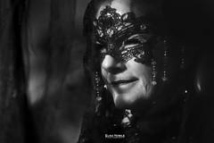 THE WOMAN BEHIND THE VEIL (elisanobile) Tags: carnevale canon canon7dmarkii venice venezia carnival portrait ritratto blackandwhite black white bn biancoenero donna signora dama mask maschera nero oscuro
