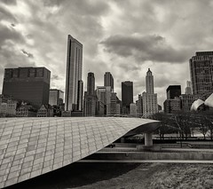 Contrasts (ancientlives) Tags: chicago illinois usa millenniumpark michiganavenue travel march thursday 2017 winter clouds cloudgate bpbridge towers skyline skyscrapers architecture buildings sepia monochrome mono walking landscape streetphotography maggiedaleypark