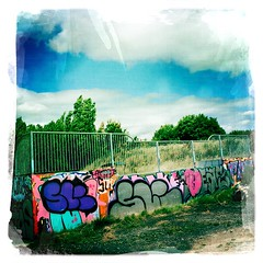 Graffiti, Hills Meadow Skate Park (firstnameunknown) Tags: urban streetart art clouds reading graffiti mural bluesky skatepark hillsmeadow johnslens iphoneography hipstamatic dreamcanvasfilm
