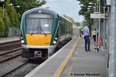 22057 arrives into Portlaoise, 21/8/15 (hurricanemk1c) Tags: irish train rail railway trains railways irishrail rok rotem portlaoise 2015 icr iarnród 22000 22057 éireann iarnródéireann 3pce 1415heustonportlaoise