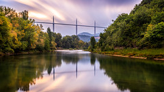 Le Tarn et Viaduc de Millau (DomSwiss) Tags: france nature photo eau couleurs reflet ciel filters paysage couleur millau viaduc letarn leefilters canon5dmarkiii domswiss
