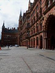 St Pancras (Gilder Kate) Tags: london lumix panasonic renaissancehotel stpancras georgegilbertscott wc1 victoriangothic panasoniclumix fz200 dmcfz200 panasoniclumixdmcfz200