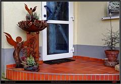 Mein Hauseingang (pharoahsax) Tags: world autumn get art home colors canon garden kunst eingang herbst haus garten 5dmk3 pmbvw worldgetcolors