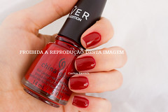 .:: China Glaze - Seeing Red ::. (Cinthia Emerich) Tags: red nail vermelho nailpolish nailvarnish unha nailenamel seeingred esmalte naillacquer chg thegiver chinaglaze odoador odoadordememorias