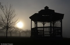 A Sunset with Fog ... (Rex Montalban Photography) Tags: sunset fog niagara charlesdaleypark rexmontalbanphotography