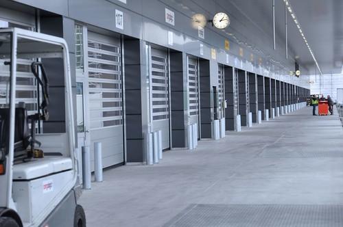 Швидкі ворота для логістичного комплексу. Высокоскоростные ворота для логистики. Hi speed doors. Efaflex