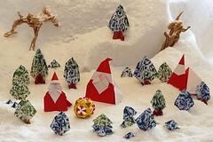 Santa Claus (Yukihiko Yamaguchi) - Santa Claus (Naoto Horiguchi) - Santa Claus for Artist Trading Cards (Hideo Komatsu) - Tree (Toshikazu Kawasaki) - Trunk (Yoshio Tsuda) (De Rode Olifant - slow - due to hand-surgery) Tags: yukihikoyamaguchi santaclaus santa xmas paper paperfolding origami marjansmeijsters 3d 19thtanteidanconventionbook 20thtanteidanconventionbook tanteidan tanteidanconvention naotohoriguchi santaclausforartisttradingcards atc hideokomatsu toshikazukawasaki tree kawasaki yamaguchi komatsu yoshiotsuda trunk weihnachten noel papánoel weihnachtsmann fatherchristmas christmas kerst kerstman kerstmis december navidad mikulás