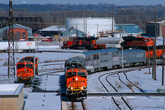 Holiday Express, LNG & KPL Power (Jeff Carlson_82) Tags: bnsf holidayexpress ocs businesstrain ge lng emd sd70ace es44c4 bilevel snow topeka ks kansas 7978 6289 9131 9130 topekasub 4th st winter burlingtonnorthernsantafe naturalgas train railfan railroad railway