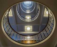 In search of an English word: Lichthof (katrin glaesmann) Tags: hamburg germany stairs wendeltreppe treppenauge eye spiralstaircase photowalkwithmichael fotowalkmitmichael fotowalkmitmichio treppe banister esplanadebau 19121915 architektenjgrambatzundwjolasse jugendstil artdeco