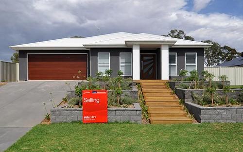 40 John Potts Drive, Junee NSW 2663
