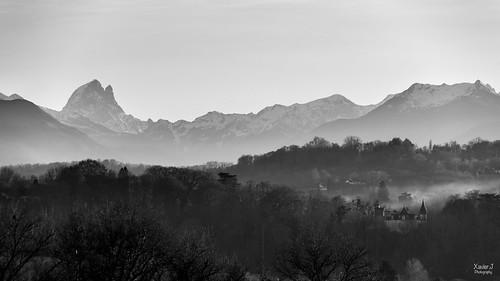 Pic du midi d'Ossau depuis le boulevard des Pyrenées Pau