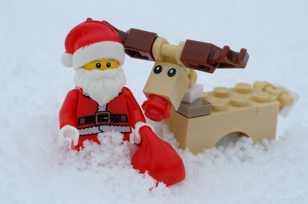 The World's Best Photos of lego and rudolph - Flickr Hive Mind