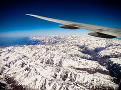 Flying Over the Andes (Alfredo Borba) Tags: 2009 chile plane andes fly flying mountans