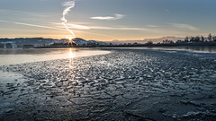 broken ice (schneider-lein) Tags: water lake see landschaft landscape natur nature ice eis brokenice gebrocheneseis winter mf manualfocus manuellerfokus carzeiss zeissloxia2128 sonyilce7rm2 alpha7rm2 a7rii sun sunrise sonne sonnenaufgang pfäffikon schweiz suisse switzerland svizzera sky himmel