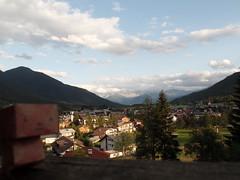 Gutten Tag, Minimimmo ! Seefeld in tirol, Austria (Chrispy me) Tags: austria tirol papier tyrol innsbruck autriche papercraft seefeld papertoy minimimmo