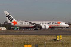 Jetstar B787 Dreamliner. (Martyn Cartledge / www.aspphotography.net) Tags: 787 7878 aero aeroplane air aircraft airfield airline airliner airplane airport aspphotography australia australian aviation b787 boeing cartledge civil dreamliner flight fly flying jet jetstar martyn plane sydney transport vhvkh wings wwwaspphotopgraphynet wwwaspphotographynet asp photography flywinglets